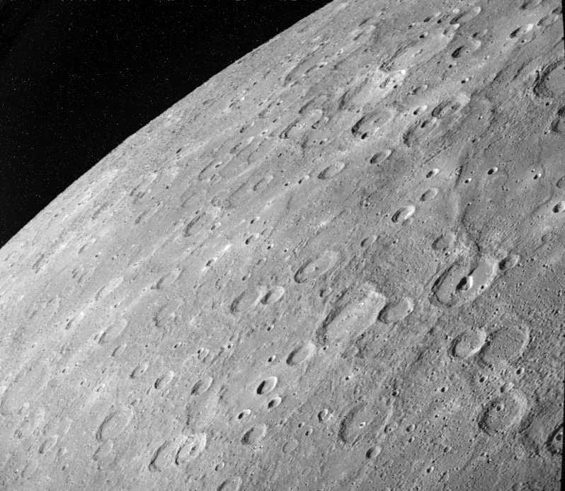 Merkury - powierzchnia planety