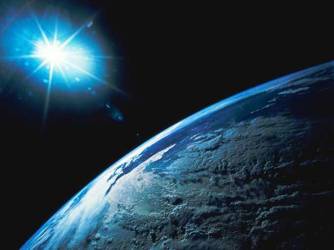 Kosmos - powierzchnia Ziemi z orbity okołoziemskiej - kolejne ujęcie