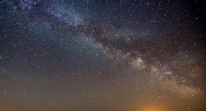 Droga Mleczna widziana z perspektywy Bieszczad