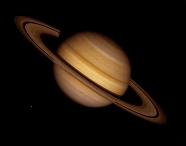Saturn jako 6. planeta Układu Słonecznego.