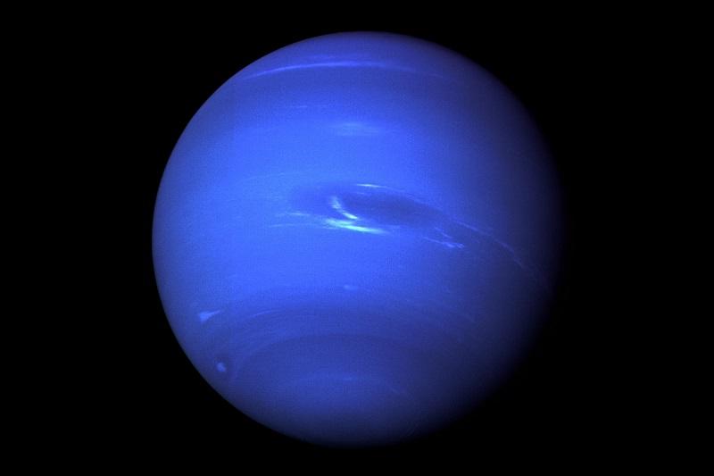 planeta Neptun - zdjęcie wykonane przez kamerę sondy Voyager 2