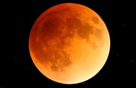 Super Krwawy Księżyc Wilka, czyli całkowite zaćmienie z 21 stycznia 2019