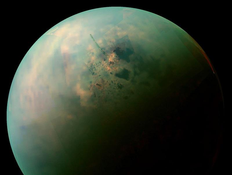 Tytan księżyc Saturna. Zdjęcie: www.universetoday.com.