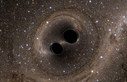 Odkrycie supermasywnej czarnej dziury w galaktyce Holm 15A