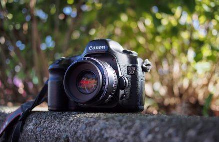 Dobry aparat fotograficzny, czyli jaki najlepiej kupić?