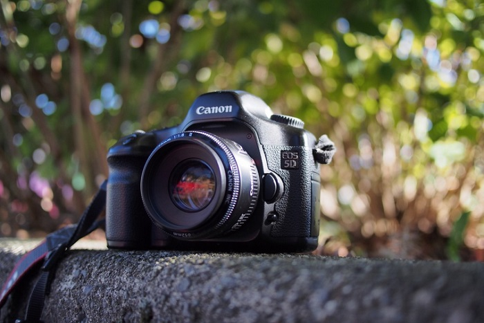 aparat fotograficzny Canon EOS 5D