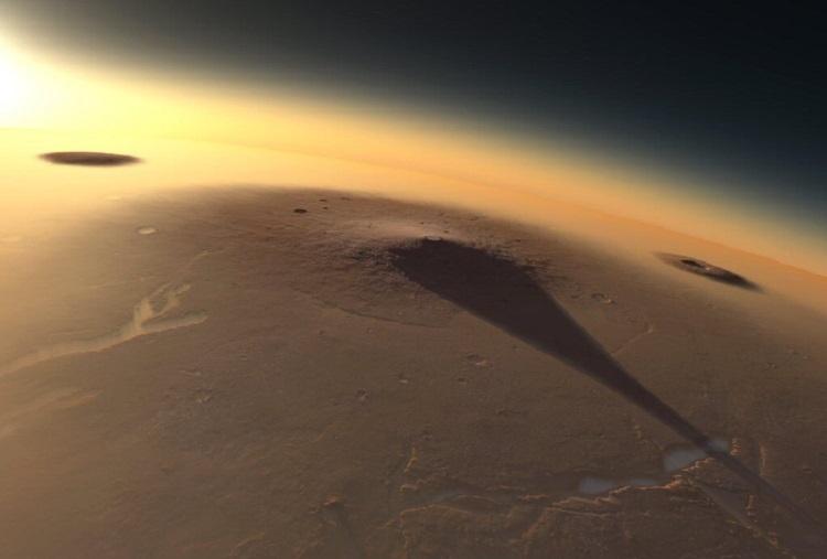 Elysium Mons, ze średnicą u podstawy wynoszącą 400 km, położony w regionie Elysium. Fotografia: twitter.com.