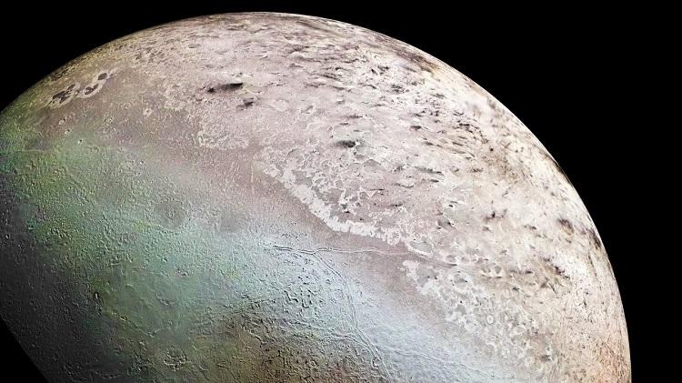 Tryton - największy księżyc Neptuna. Fotografia: ytimg.com.