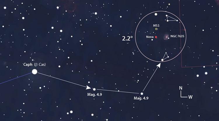 Nowa klasyczna gwiazdy N Cas 2021 (V1405 Cas) w konstelacji Kasjopei. Lokalizacja powierzchniowej eksplozji termojądrowej białego karła na niebie północnym. Fotografia: skyandtelescope.org.