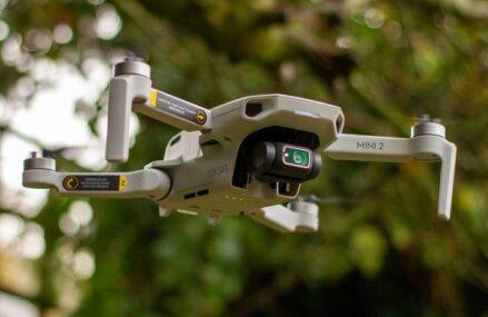 Jaki dron do 500 zł najlepiej wybrać?