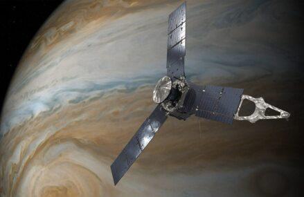 Sonda Juno na orbicie Jowisza – co wiemy o tej misji?